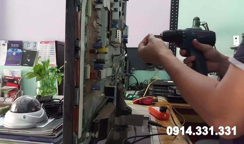 Sửa tivi quận Hai Bà Trưng giá rẻ tại nhà