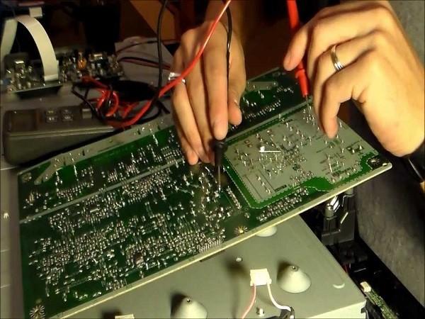 Giá sửa chữa tivi bị hỏng cao áp
