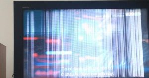 Giá sửa tivi bị sọc màn hình là bao nhiêu? Địa chỉ nào uy tín, chất lượng?